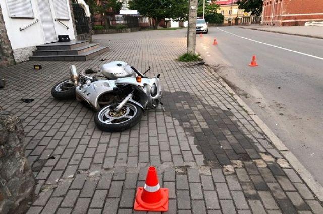 В ДТП в Калининградской области травмы получили мотоциклист и водитель квадроцикла