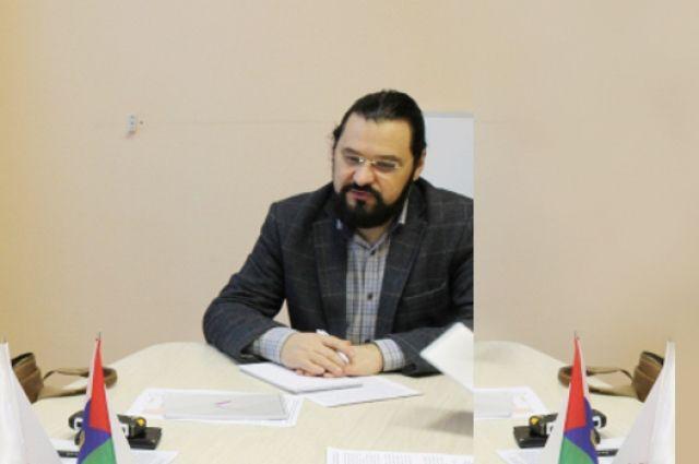 Тюменского общественника обнаружили мертвым в своей квартире