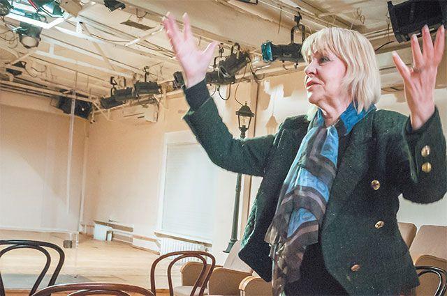 Анна Неровная нарепетиции нового спектакля втеатре «Бенефис». Так рождается чудо насцене.