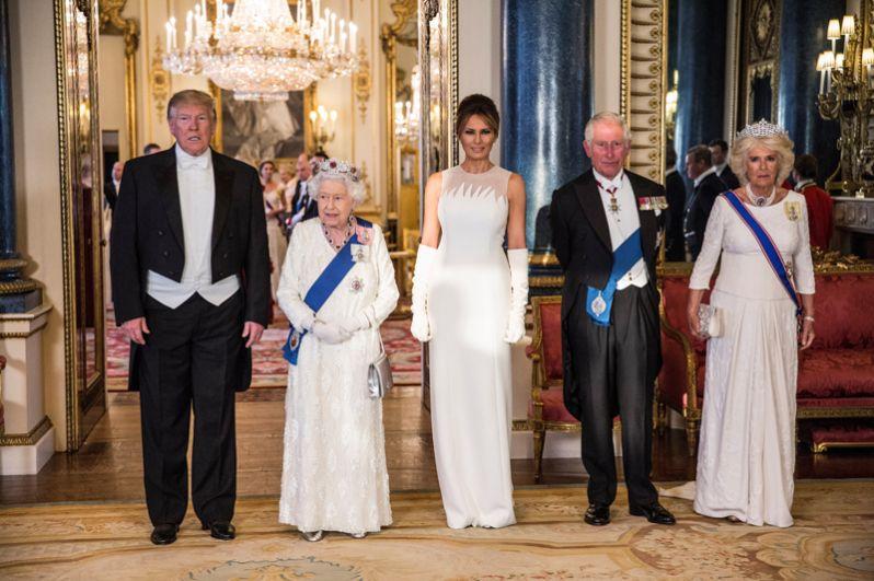 Дональд Трамп, Елизавета II, Мелания Трамп, принц Чарльз и его супруга Камилла.