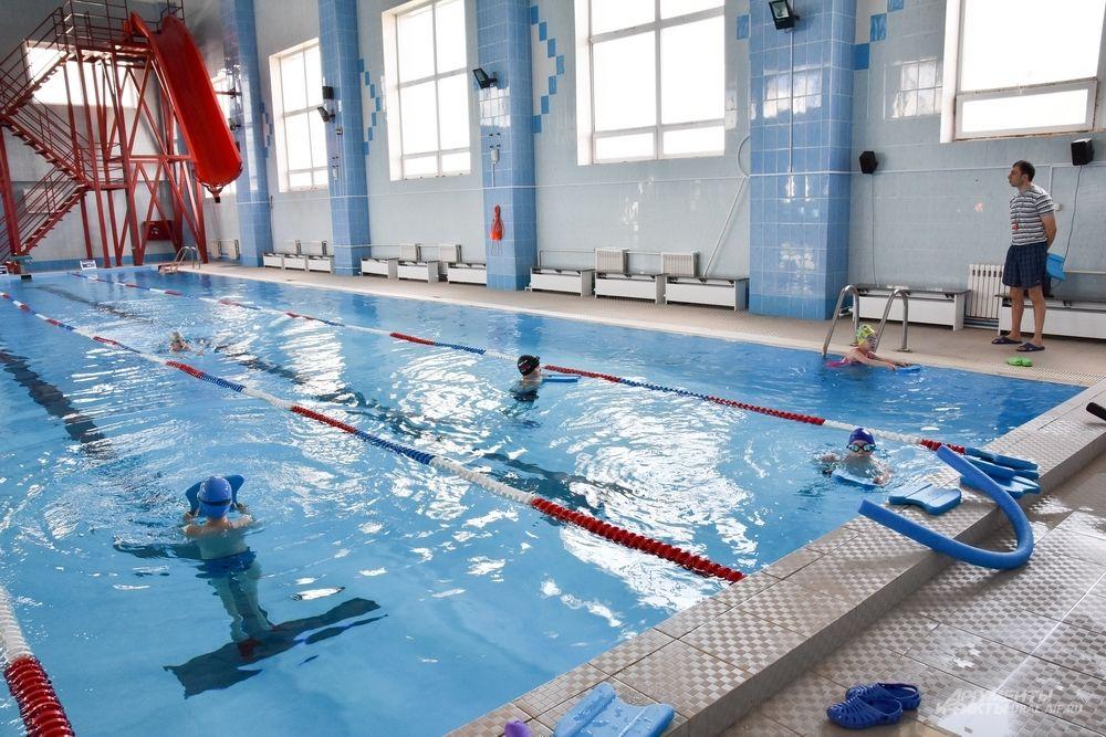 И главное – бассейн, где занимаются и школьники, и ветераны локальных войн, и люди с ограниченными возможностями.