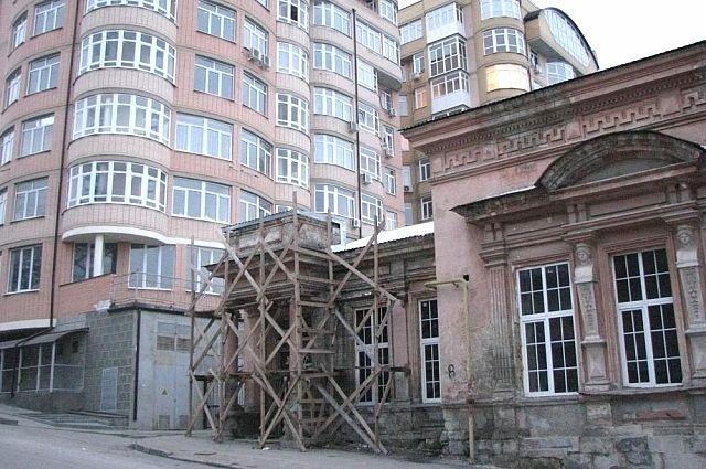 Дом семьи Врангеля: новостройки теснят старинные особняки.