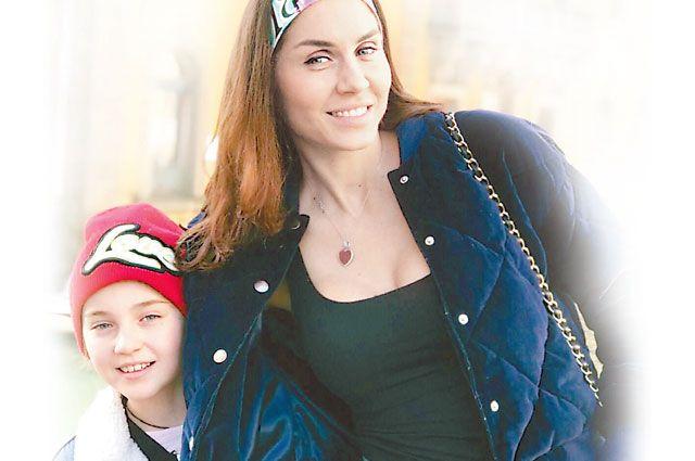 Мария Сидельникова с дочерью Софией.