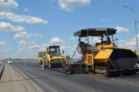 По проекту предусмотрена укладка нового дорожного покрытия, укрепление обочин на участке протяженностью 27 км, а также ремонт водопропускных труб