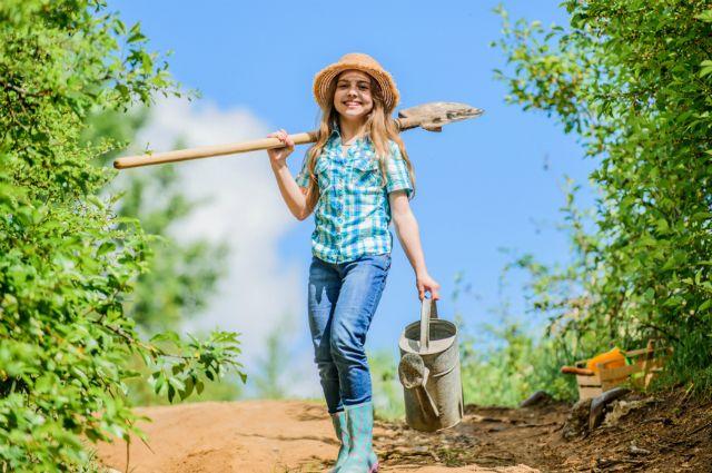 Работа в огороде девушки работа в старом осколе свежие вакансии для девушек