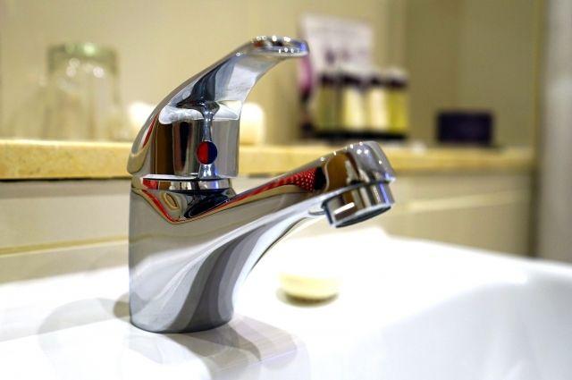 Тюменцев об отключении горячей воды должны информировать УК