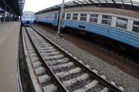 На участке пути Ковель - Сарны загорелся поезд: Укрзализныця рассказала подробности инцидента