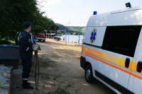 В Николаевской области застряло в песке авто «скорой помощи» с больным