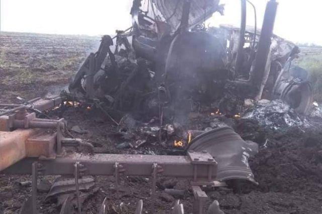 В Луганской области подорвали двух трактористов