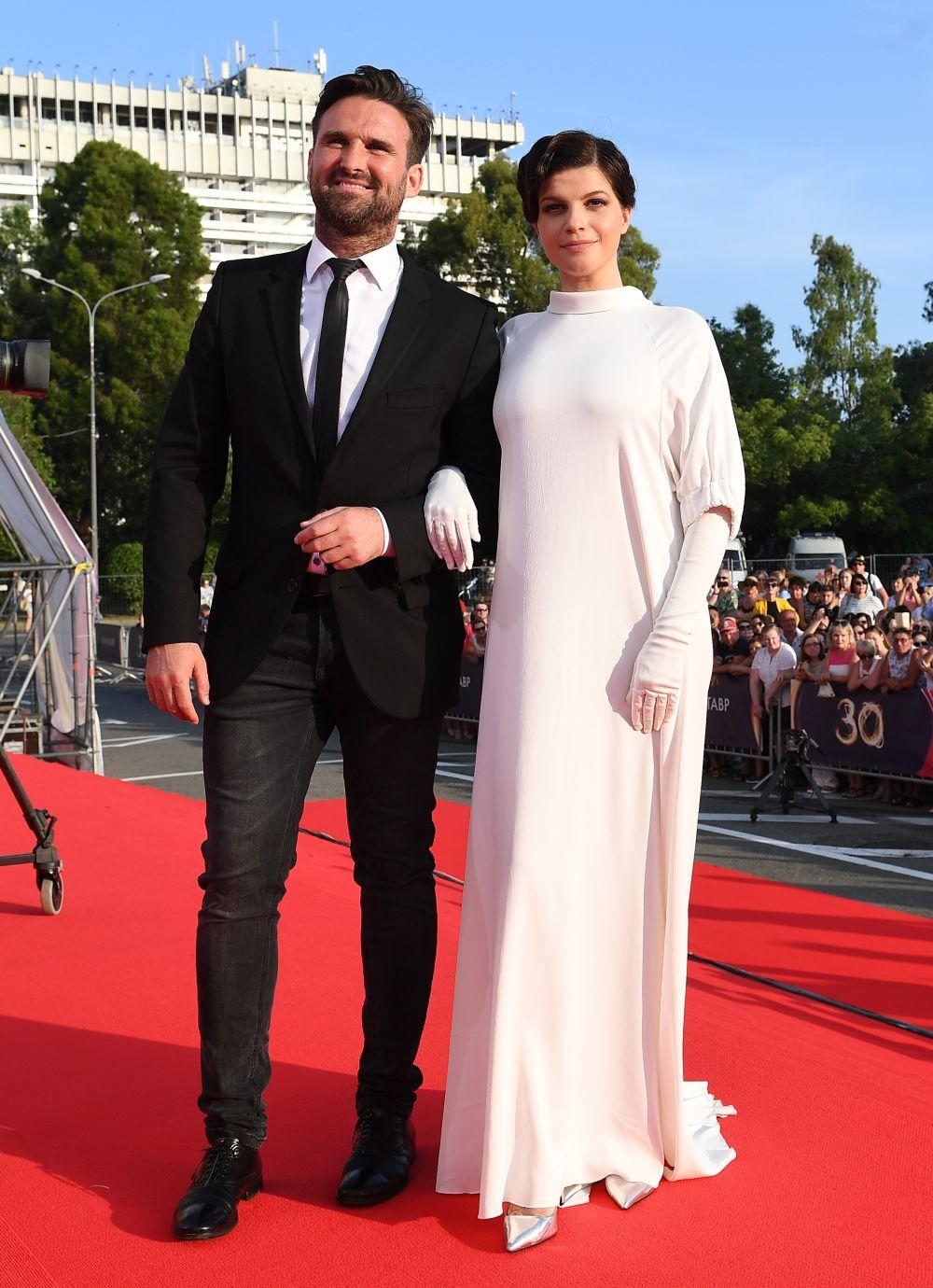 Актриса Агния Кузнецова и ее супруг танцор Максим Петров.