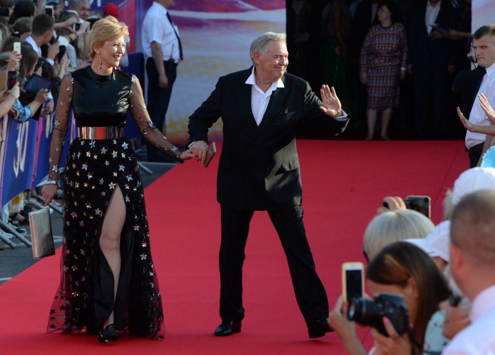 Актер Юрий Стоянов с супругой Еленой.