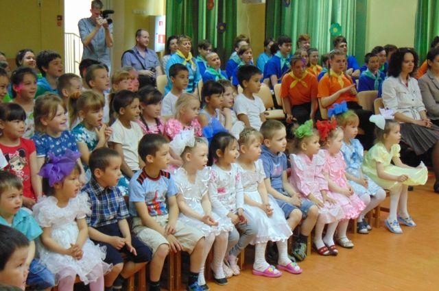 Дети из тюменского центра «Верхний Бор» отметили главный праздник лета