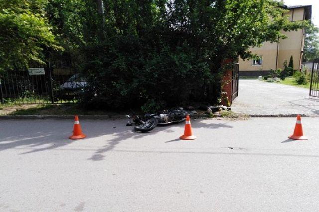 В Зеленоградске мотоциклист пострадал превысив скорость