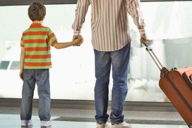 Выезд с ребенком за границу: какие документы и нюансы нужно знать родителям