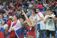 Десятки тысяч болельщиков заполнили трибуны стадиона «Нижний Новгород»