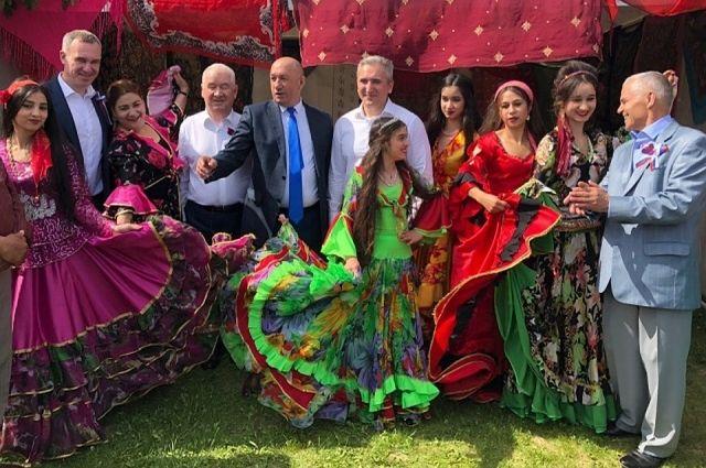 В День России тысячи тюменцев пришли на Цветной бульвар