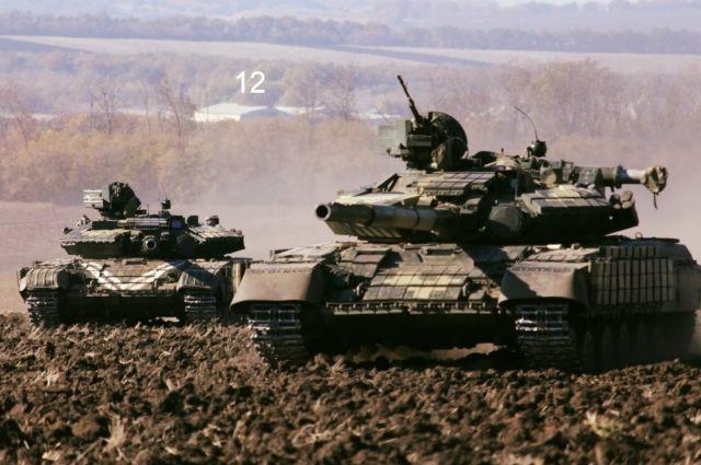 В Черниговской области формируют новый отдельный танковый батальон. Сейчас военные получают боевую технику и вооружение.