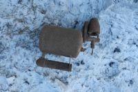 Завхоз пытался отогреть систему холодного водоснабжения в подвальном помещении школы при помощи паяльной лампы.