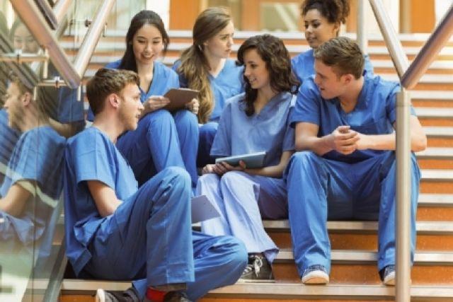 День медицинского работника в 2019 году будут отмечать 16 июня.