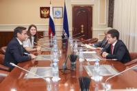 Губернатор ЯНАО обсудил вопросы сотрудничества с компанией Total