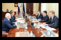 Губернатор Ямала встретился с руководителем Свердловской железной дороги