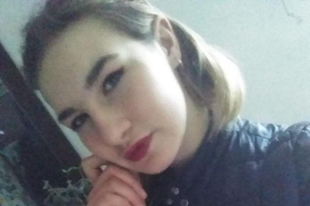 Полиция продолжает поиски несовершеннолетней, пропавшей 1 июня 2019 года
