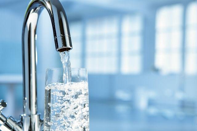 В четырех города в Донецкой области сократят подачу воды из-за прорыва водопровода.