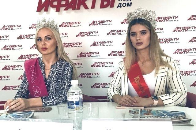 Елена Гилёва и Юлия Турсинова.