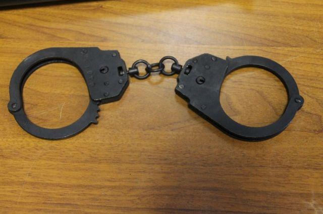 Полицейские задержали подростка. У него нашли украденный телефон, который вернули хозяину.