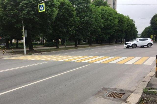За сутки на пешеходных переходах Калининграда пострадали два человека