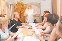 Занятия английским по программе «Московское долголетие» проводит заведующая библиотекой №221 Надежда Шестакова.