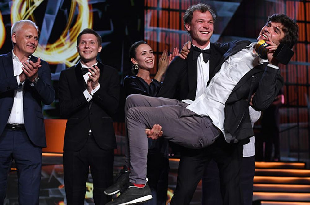 Борис Акопов — режиссёр фильма «Бык», признанного лучшим на кинофестивале.