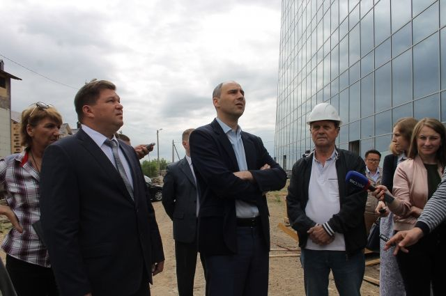 Врио губернатора посетил строительную площадку спелеологического курорта «Соленые озера».