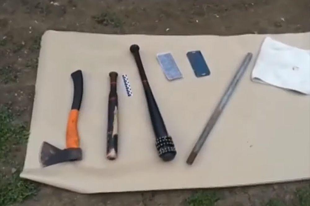 Орудия, которыми пользовались участники конфликта.