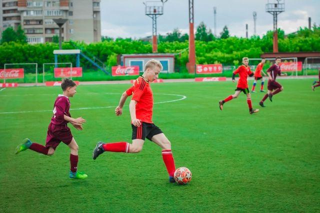 Праздник дворового футбола «Кожаный Мяч» прошёл в Омске