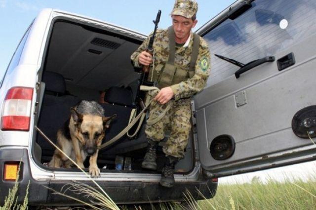 Под Новотроицком в приграничной зоне задержаны нарушители..