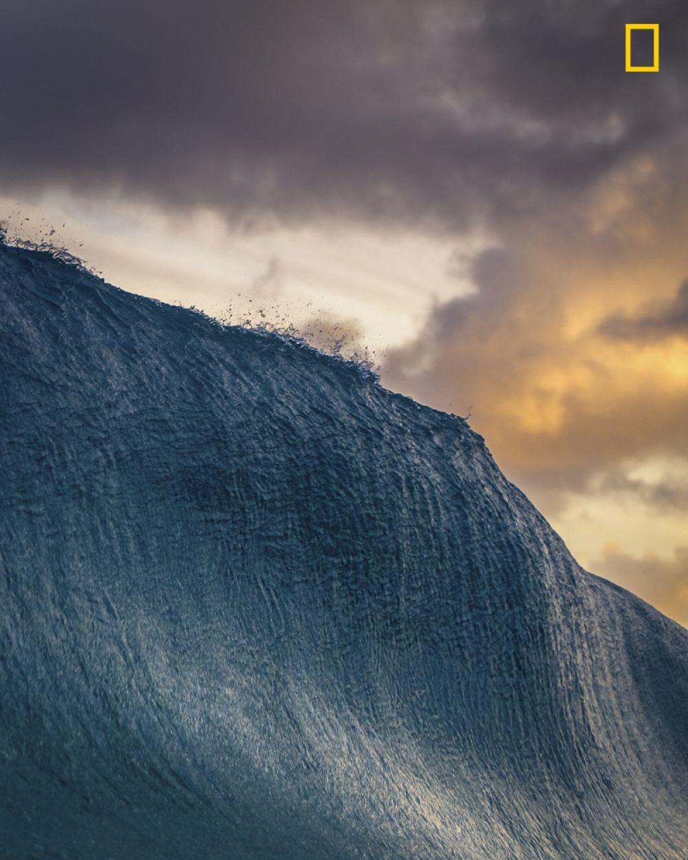 2 место в категории «Природа». Волна перед падением.