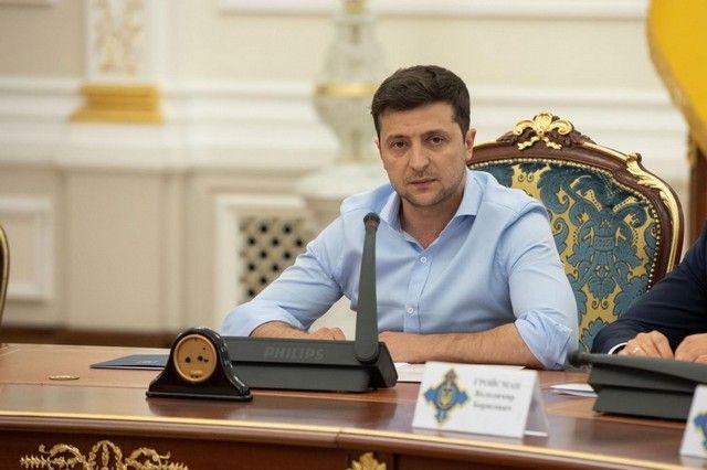 Зеленский заявил о необходимости расширить санкции против РФ