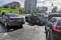 32-летняя женщина, которая находилась за рулём Audi A3 нарушила правила дорожного движения. Она не учла безопасную дистанцию до впереди движущегося транспортного средства.