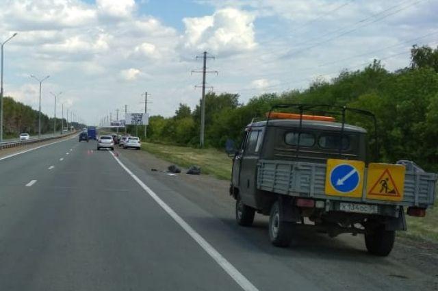 В Оренбурге насмерть сбит дорожный рабочий.