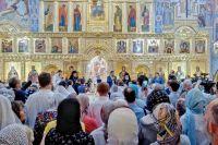 Открытие храма приурочили к большому Светлому православному празднику Вознесения Господня, которое отмечается на 40-й день после Великой Пасхи и всегда приходится на четверг.