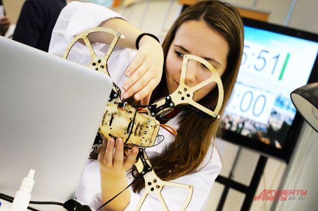 Состоятся практические занятия по квадрокоптерам – от сборки до полётов.