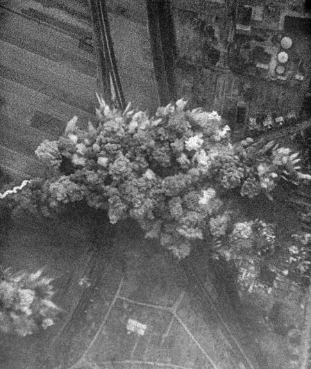 22 июня 1941 года. Немецкая авиация бомбит советские города.