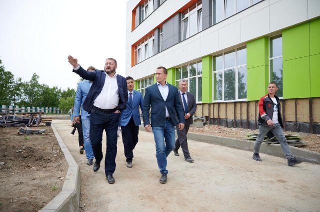 Мэр Иркутска: «Работы на объектах образования идут чётко по графику. И даже опережают его».