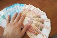 Всего деньги не получили 1676 работников, примерно по 42 тысячи рублей каждый.