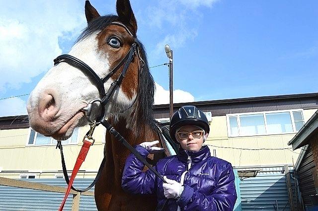 Недавно дончанка Настя Морозова взяла первое место на открытом первенстве по паралимпийскому конному спорту