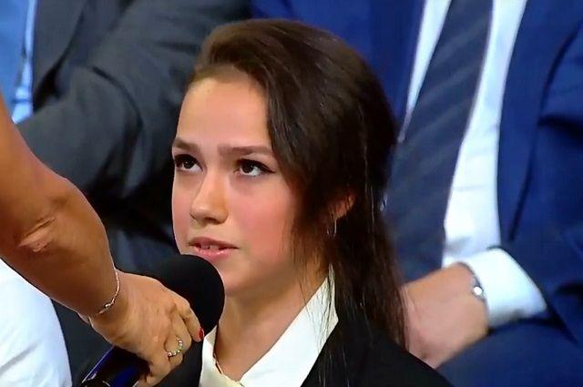 Алина Загитова поинтересовалась, можно ли в России провести чемпионат мира по фигурному катанию.