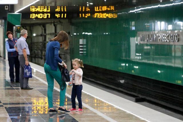 Новые станции красной ветки метро разгрузят станцию «Теплый стан» на 17%