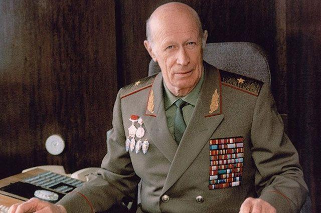 Юрий Дроздов.