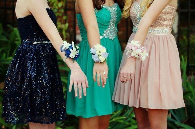 Ижевск стал городом с самыми низкими ценами платьев на выпускной